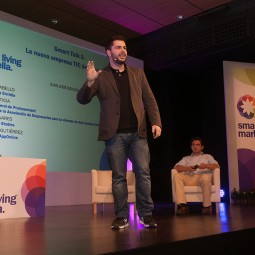 Manuel Linares durante su intervención en la Smart Talk 3