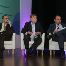 Smart-Talk-1.-De-izq.-a-dcha._-Alberto-García,-Alfonso-Arbaiza-y-Francisco-Javier-García-Vieira
